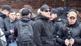 rechts Kevin Koch mit Kamera