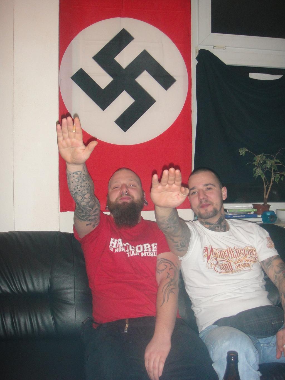 Die angeklagten Brüder Mike und Michele Dasberg